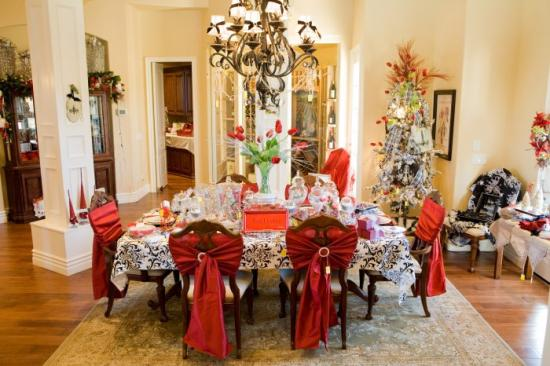 Christmas Idea House 2009 - Dining Room