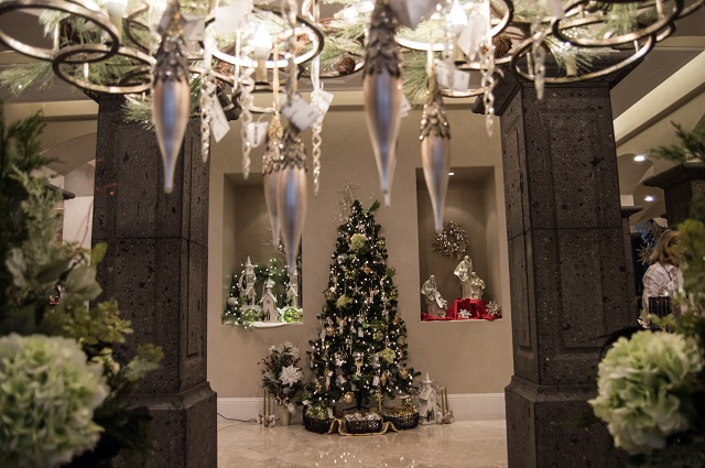 Entry Hall Tree